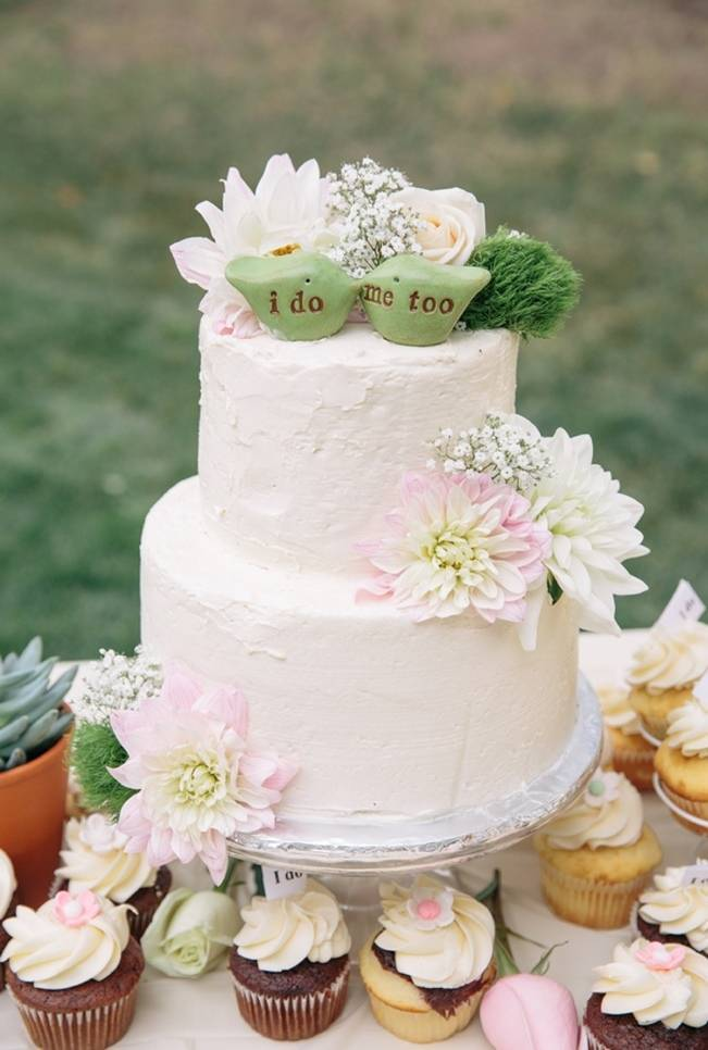 rustic chic wedding cake with bird toppers