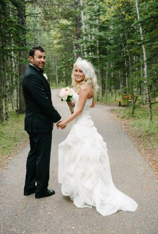 Rustic Mountain Wedding at The Delta Lodge {Photography by Ginevre} 10