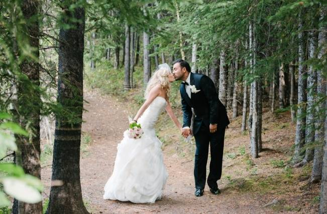 Rustic Mountain Wedding at The Delta Lodge {Photography by Ginevre} 24