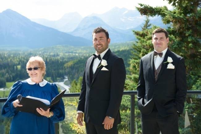 Rustic Mountain Wedding at The Delta Lodge {Photography by Ginevre} 6