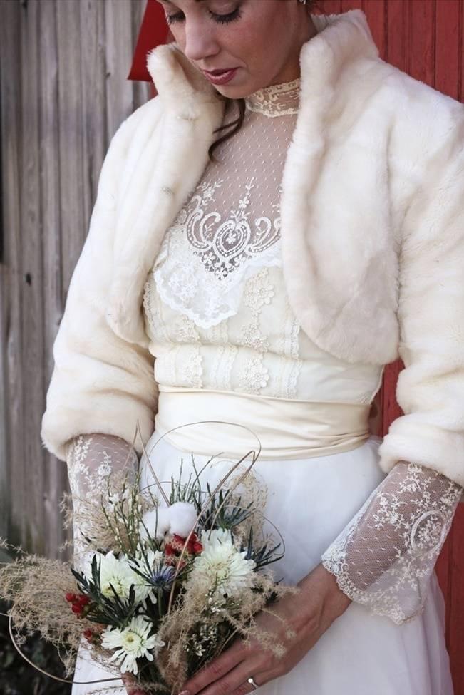 vintage lace winter wedding dress