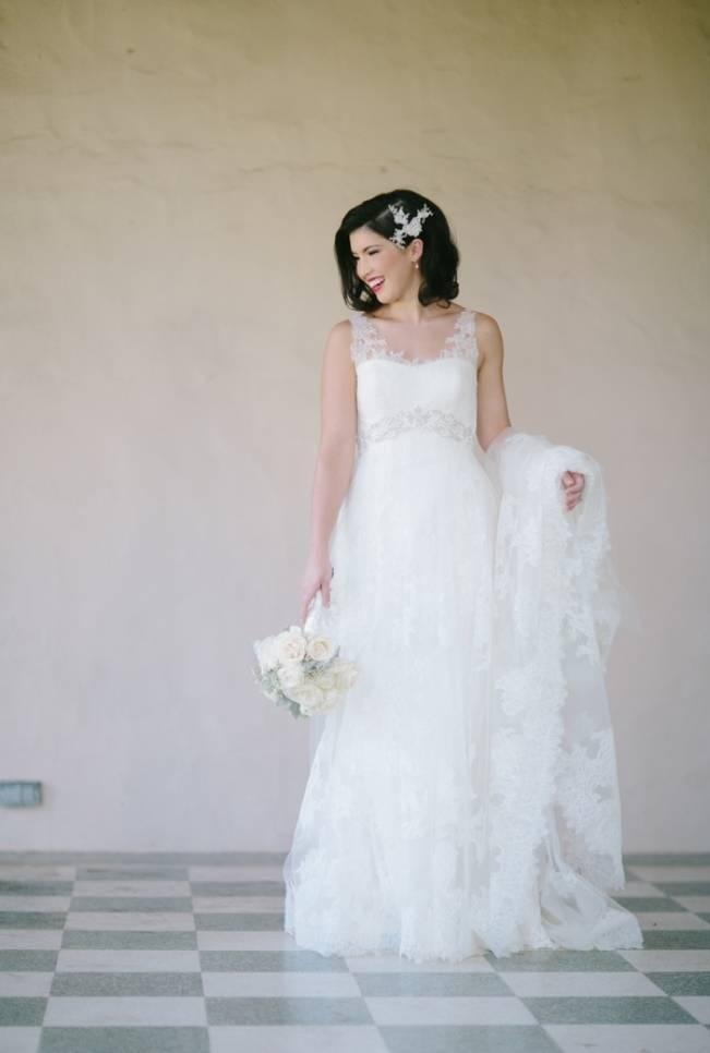 vintage lace pronovias gown