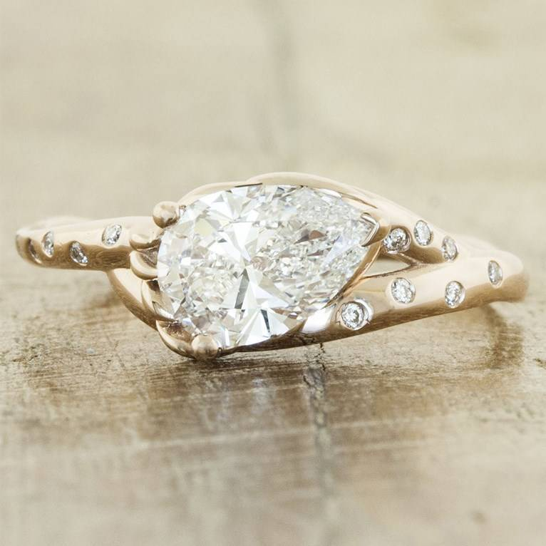 10 Gorgeous Eco Friendly Engagement Rings