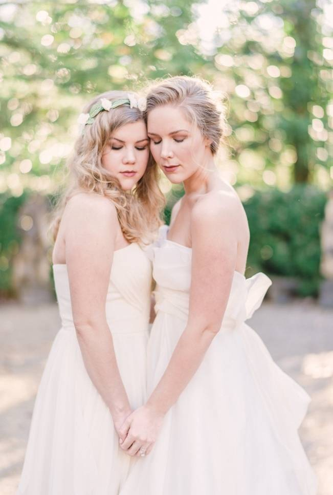 Bridal Inspiration Shoot at the Swan House {Rustic White Photography} 11