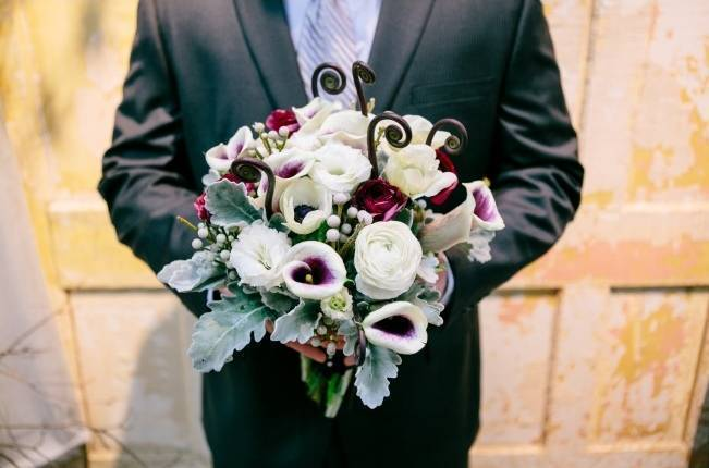Fiddlehead fern wedding inspiration 5