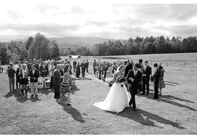 Vermont Country Chic Barn Wedding {Ember Photography} 12