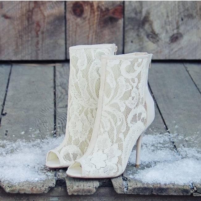 Winter Wedding Footwear Ideas 9