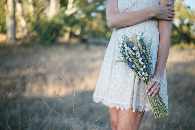 Beautiful Wildflower Wedding Bouquet Ideas 6