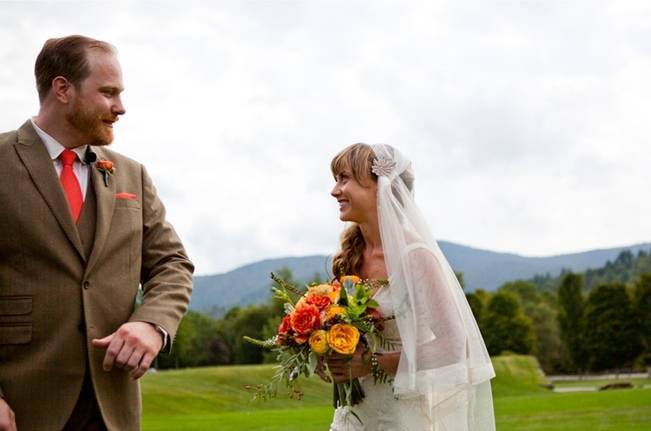 Red Rustic Wedding in Vermont {Ampersand Wedding Photography} 14