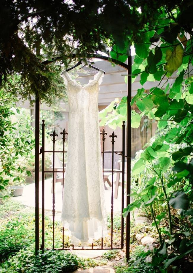 Rustic Chic Maravilla Gardens Wedding {Sweet Little Photographs}