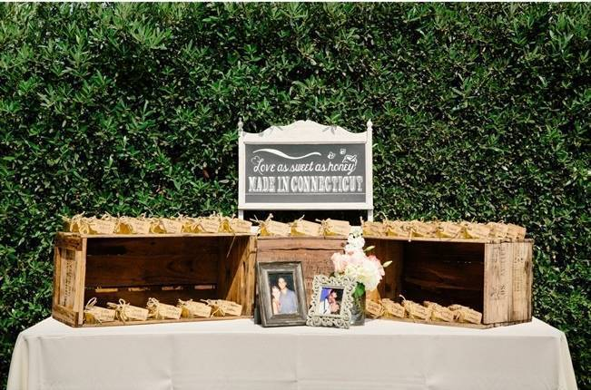 Rustic Chic Maravilla Gardens Wedding {Sweet Little Photographs} 26