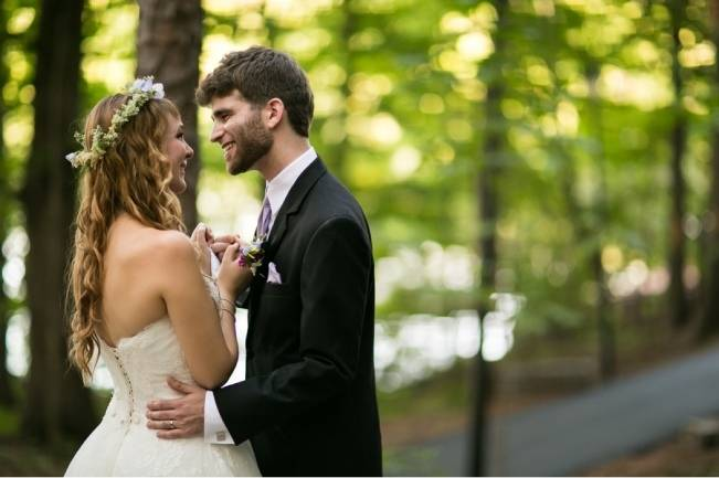 Woodland Wedding at Stone Mountain {Anna and Spencer Photography} 15