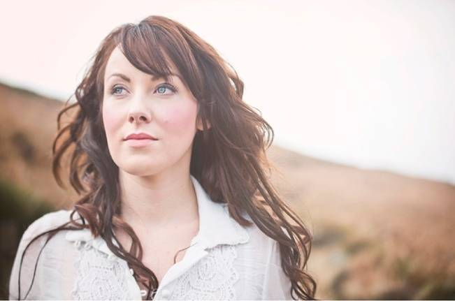 Wuthering Heights Inspired Shoot {Wooden Hill Images} 14