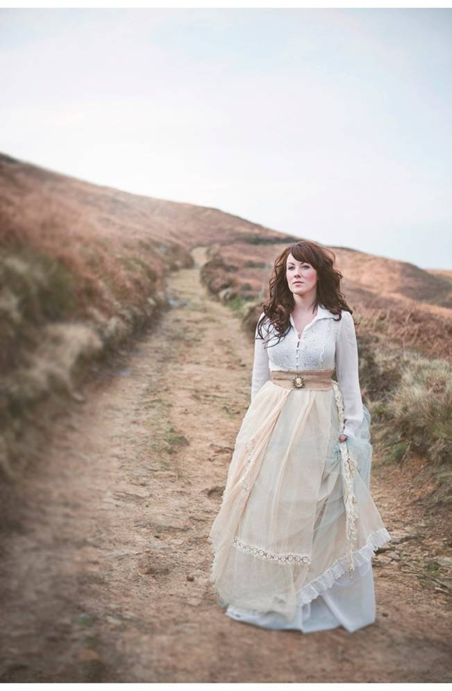 Wuthering Heights Inspired Shoot {Wooden Hill Images} 15