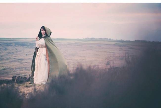 Wuthering Heights Inspired Shoot {Wooden Hill Images} 4