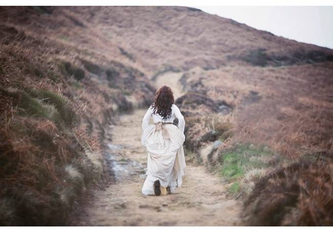 Wuthering Heights Inspired Shoot {Wooden Hill Images} 9
