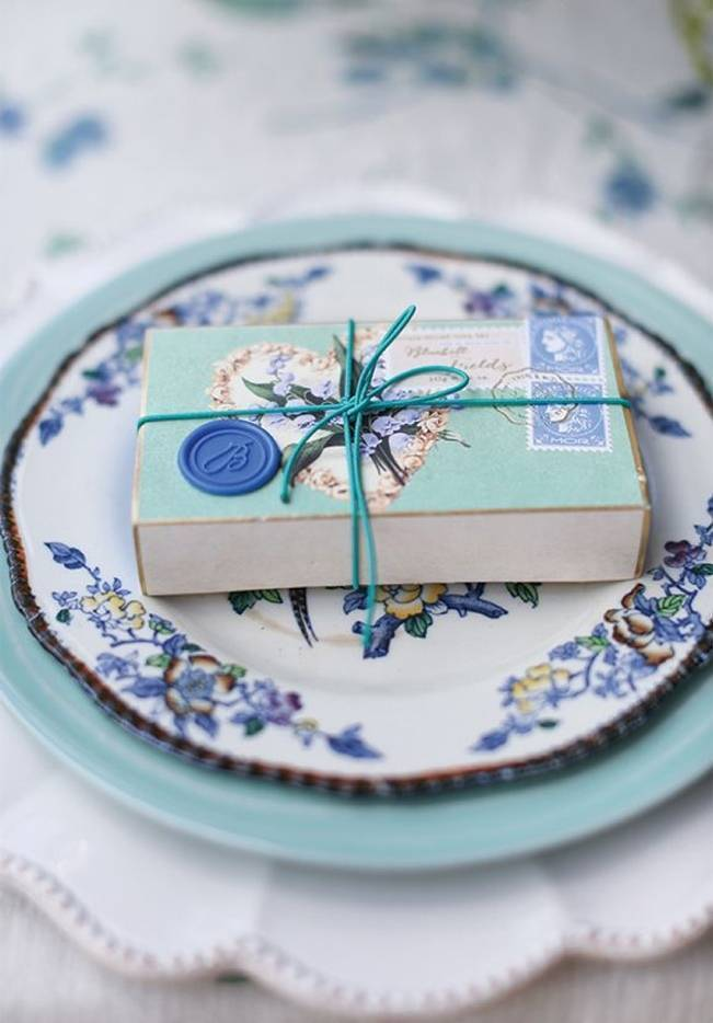17 Naturally Pretty Place Settings 11
