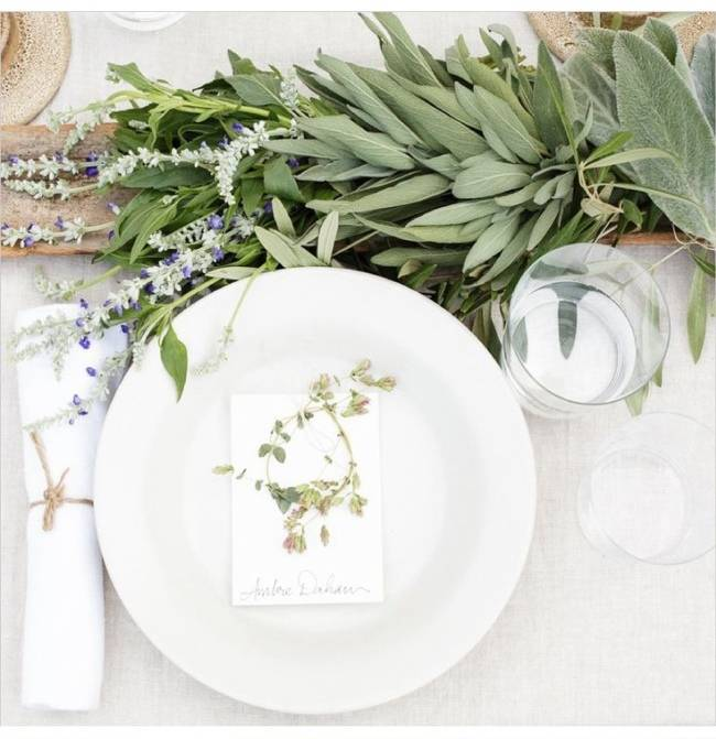 17 Naturally Pretty Place Settings 6