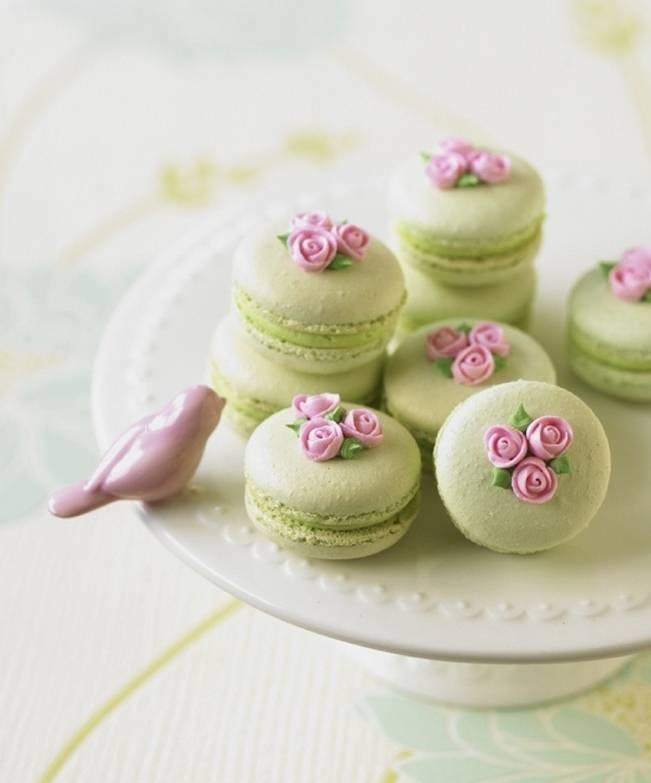 Gorgeous Spring Wedding Cake Inspiration 9