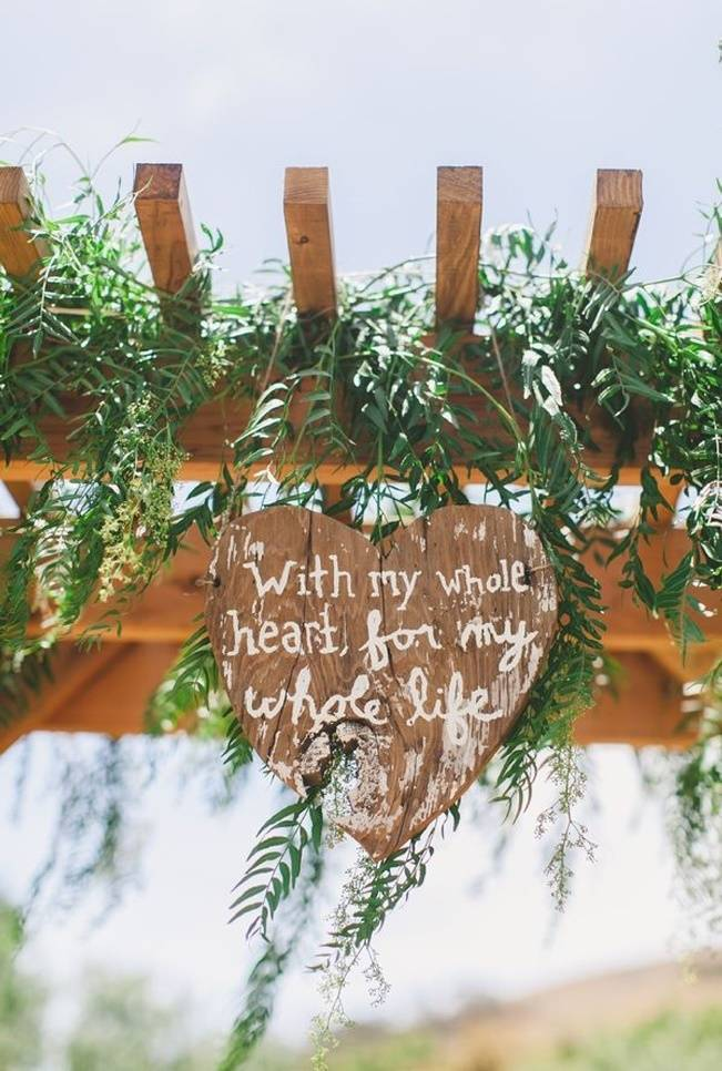 16 Awesome Rustic Wedding Signs 7