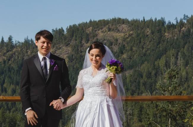 British Columbia Wilderness Lodge Wedding {Modern Romance Productions} 13