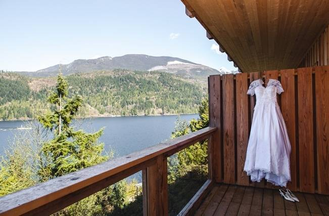 British Columbia Wilderness Lodge Wedding {Modern Romance Productions} 6