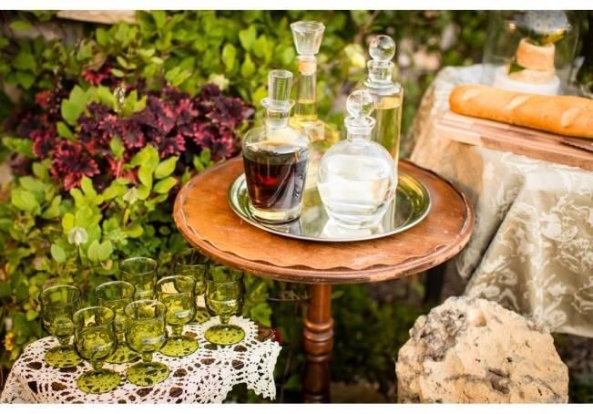 Vintage-Inspired Yellow Garden Styled Wedding {Carina Photographics} 10