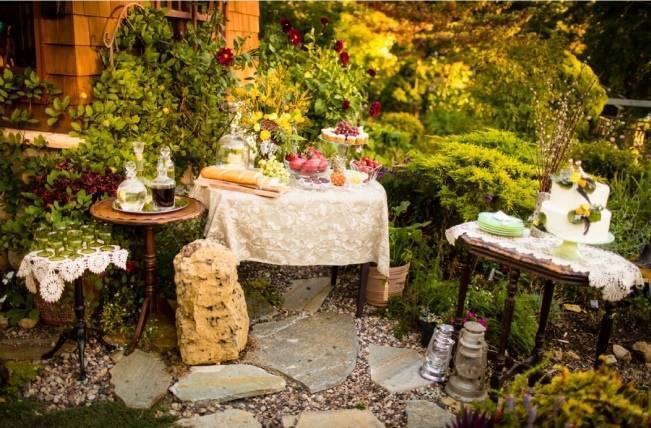 Vintage-Inspired Yellow Garden Styled Wedding {Carina Photographics} 11