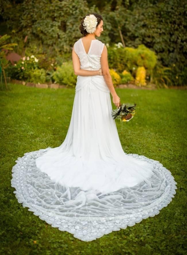 Vintage-Inspired Yellow Garden Styled Wedding {Carina Photographics} 5