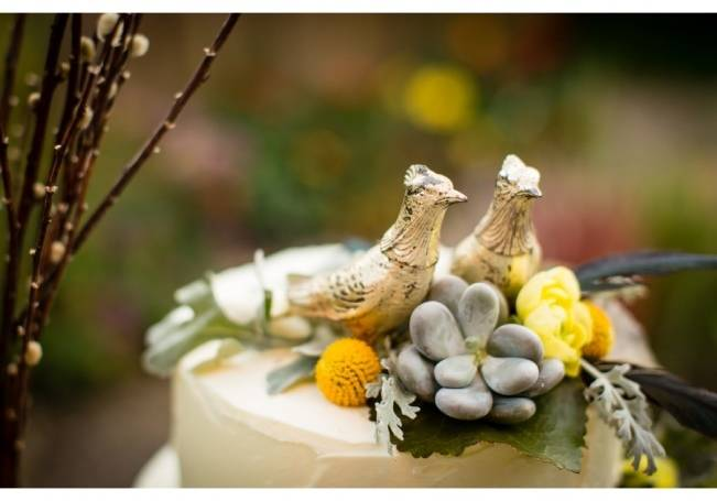 Vintage-Inspired Yellow Garden Styled Wedding {Carina Photographics} 8