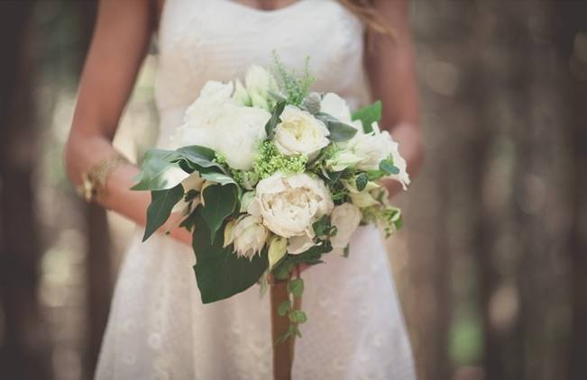 Charming DIY Woodsy Wedding {Bonnallie Brodeur Photography} 3
