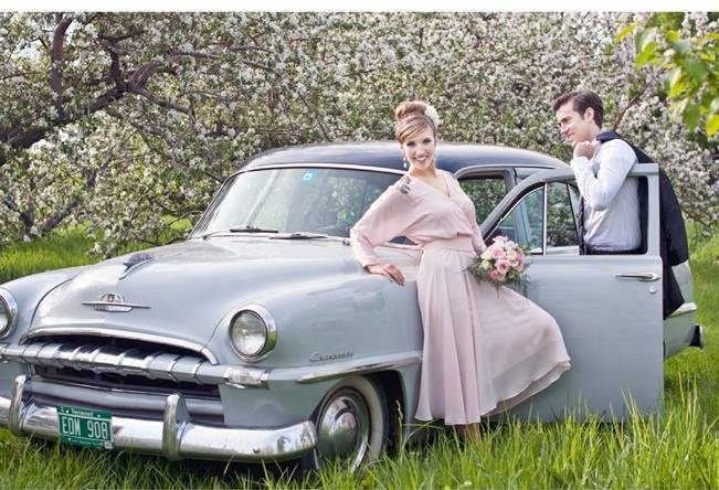 Vermont Vintage Orchard Shoot {Lis Photography} 14