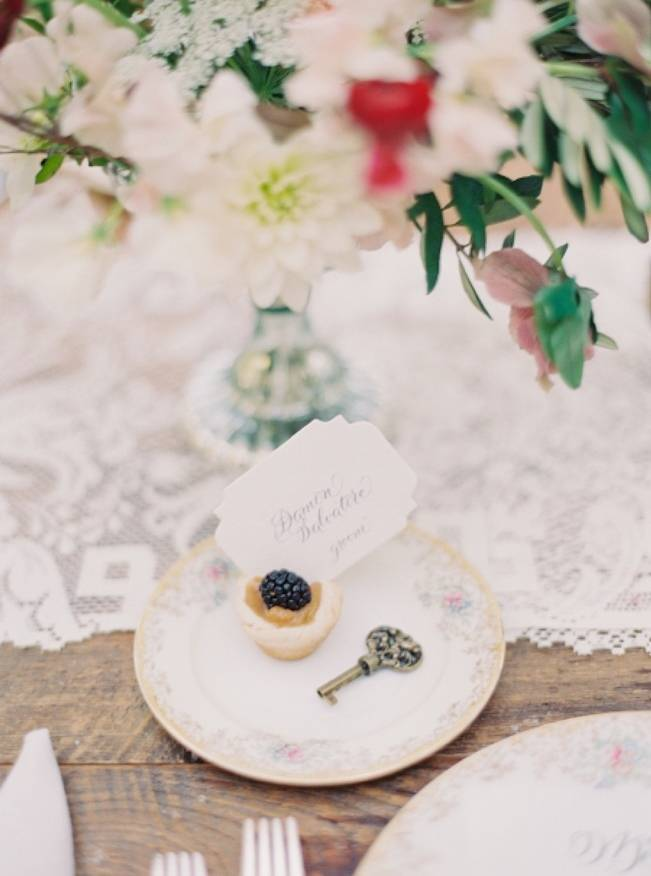 Blackberry Woods Wedding Inspiration at Villa Woodbine - Michelle March Photography 16