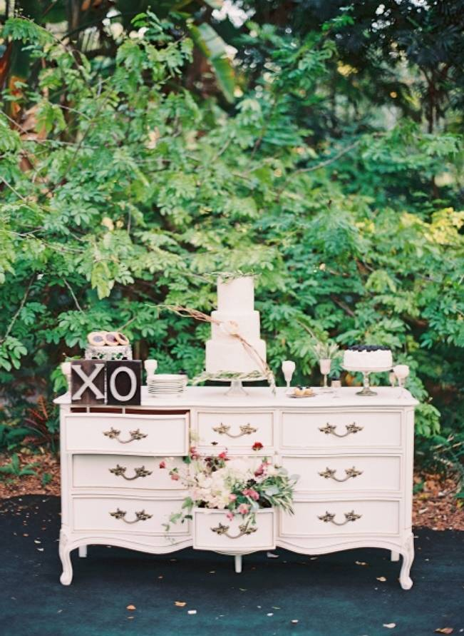 Blackberry Woods Wedding Inspiration at Villa Woodbine - Michelle March Photography 20