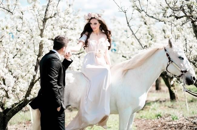 Blossoming Blush Orchard Elopement {Organic Album} 5