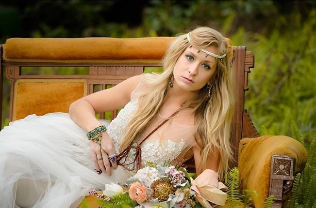 Bohemian Gypsy Bridal Inspiration {Pure Sugar Studios} 5