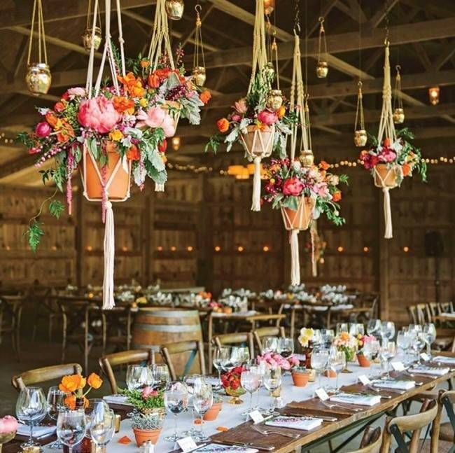 Inspirational Hanging Floral Installations 9
