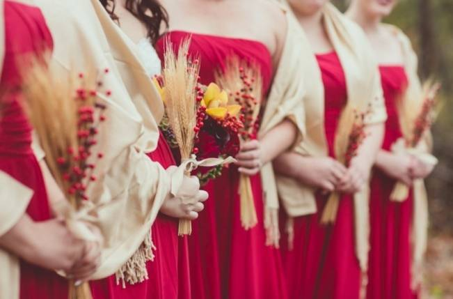 Red Autumn Rustic Wedding {Amy Zumwalt Photographers} 3