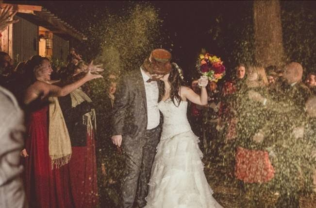 Red Autumn Rustic Wedding {Amy Zumwalt Photographers} 32