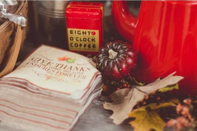 Red Autumn Rustic Wedding {Amy Zumwalt Photographers} 9