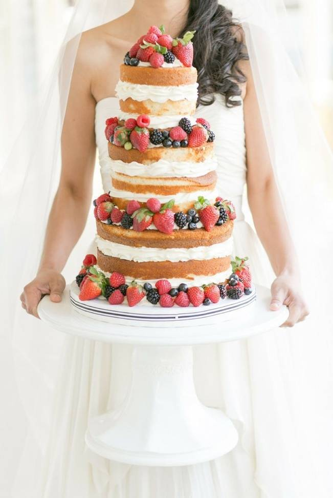 Berry Wedding Cake Ideas 1