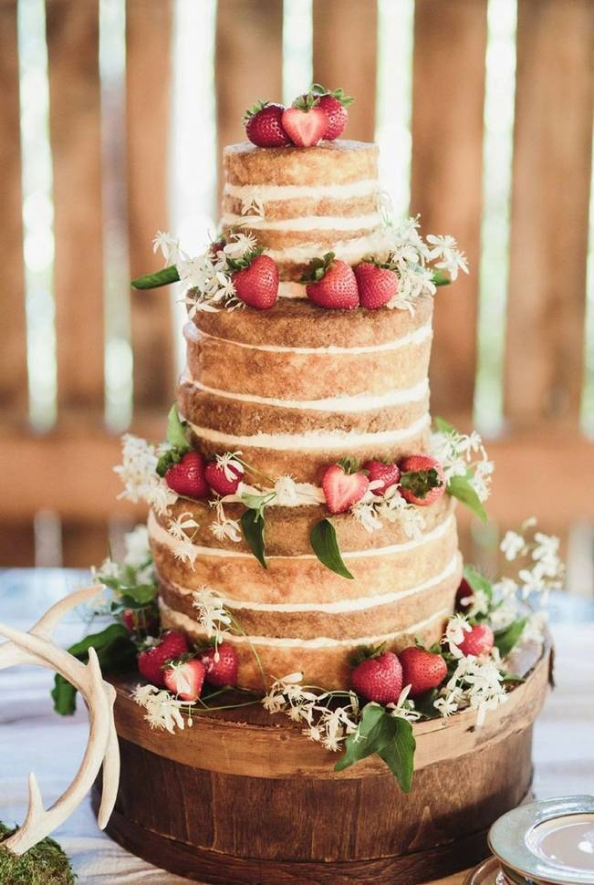Berry Wedding Cake Ideas 12