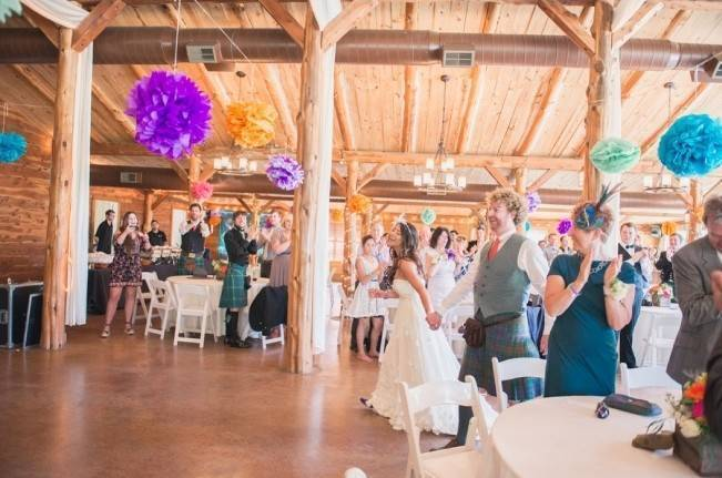 Music-Themed Scottish Wedding in Texas {Rememory Photography} 20