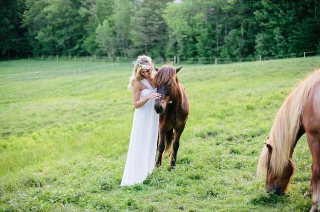 Romantic Vermont Country Wedding Style {The Light + Color} 21_