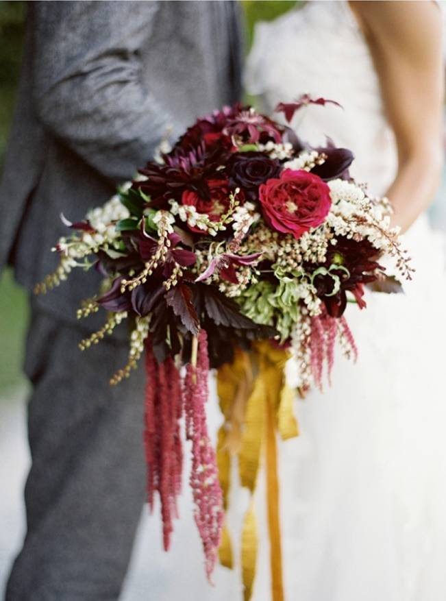 12 Rustic Autumn Wedding Bouquets to Fall For 5