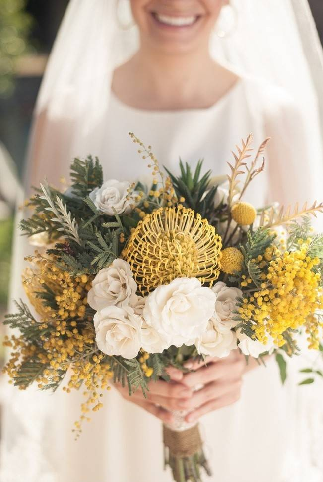 12 Rustic Autumn Wedding Bouquets to Fall For 6