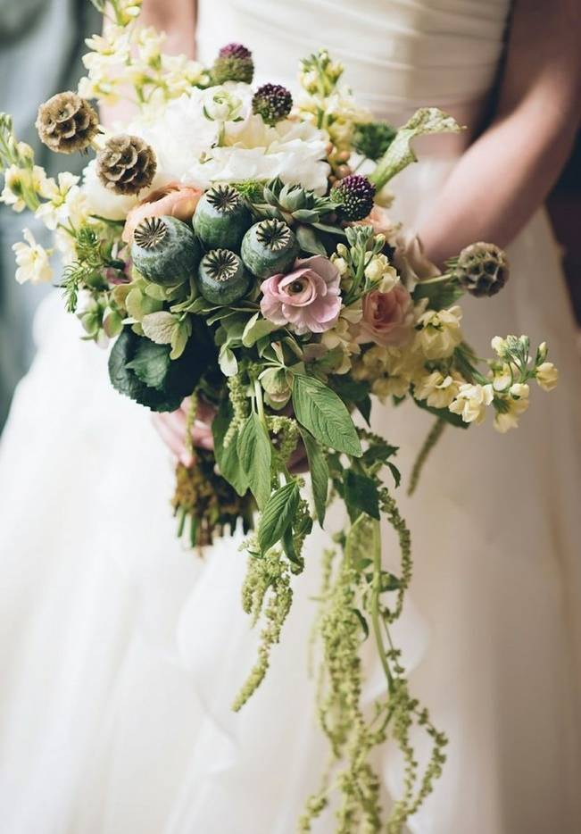 12 Rustic Autumn Wedding Bouquets to Fall For 7