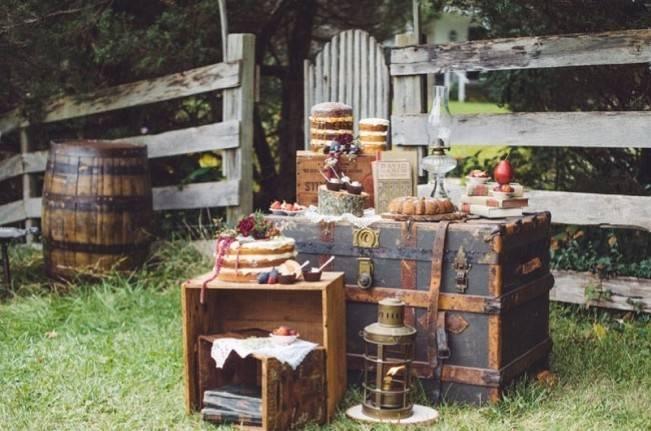 Autumn-Inspired Wedding Dessert Tables 4