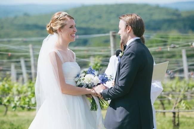 Blue Oak Summit Vineyard Wedding {Martina Micko Photography} 7