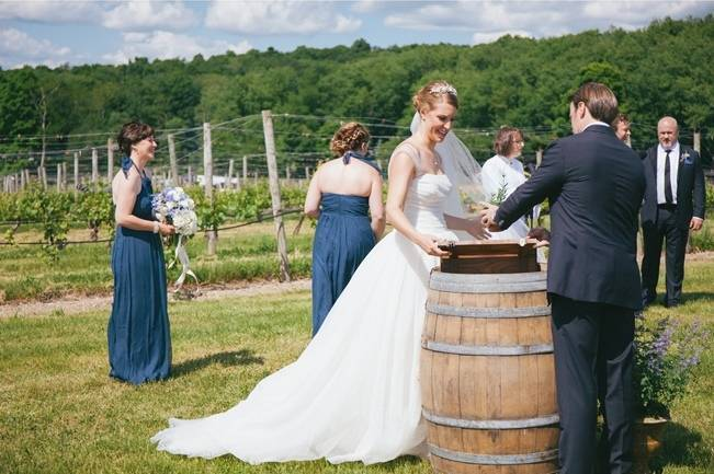 Blue Oak Summit Vineyard Wedding {Martina Micko Photography} 9